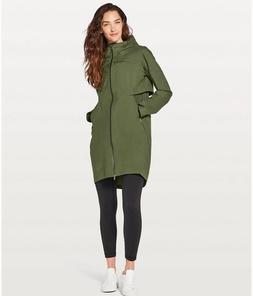 Lululemon Women's Cloud Crush Jacket Rain Coat PEST Pesto