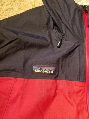 Patagonia Men's Waterproof Rain Jacket Classic Red/Navy $199 MSRP
