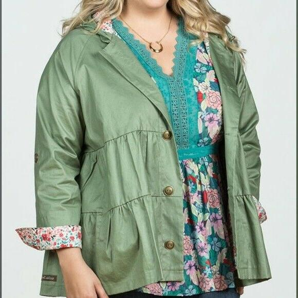 MATILDA Wilderness Rain Jacket Small Womens Green
